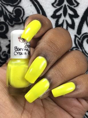 Banana Cream POW w/ glossy tc