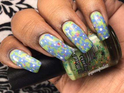 B Alert w/ nail art