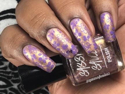 Giltzie Pleasure w/ nail art
