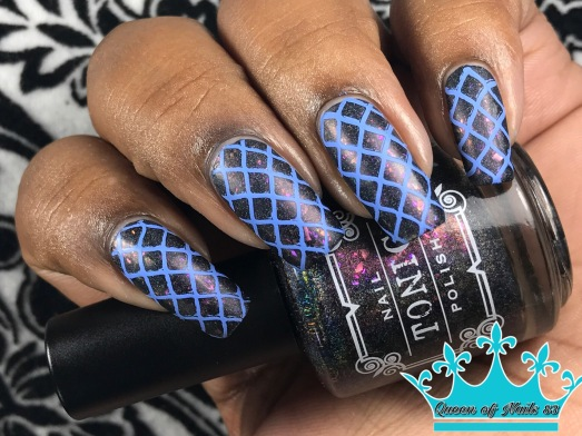 Tonic - Event Horizon w/ nail art