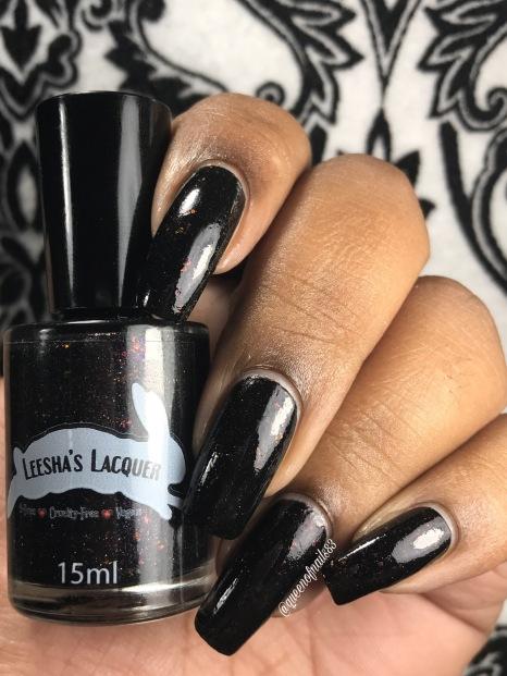 Leesha's Lacquer - Pier Pressure w/ glossy tc