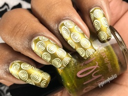 Gilded Olive w/ nail art