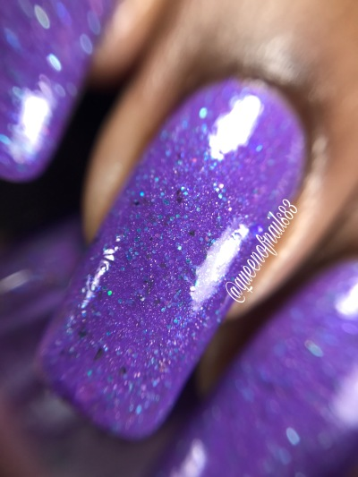 LE Polish - Cancer Can't Dull Our Sparkle macro