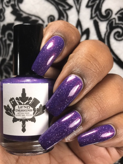 LynB: The Violet of Shy-Town w/ glossy tc
