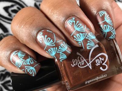 I Flying w/ nail art