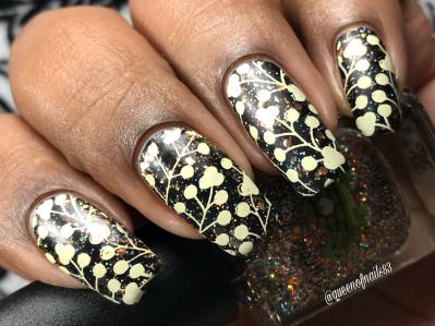 Scorpio - w/ nail art