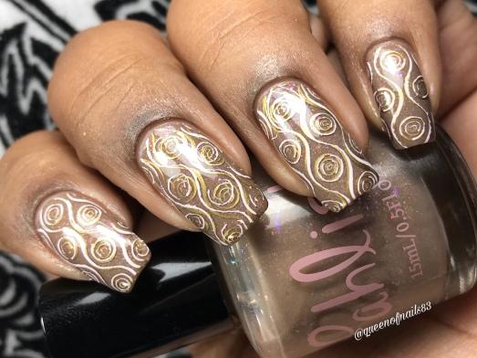 Iced Lebkuchen w/ nail art