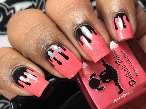 Dollish - Queenbee's Whizbees - w/ nail art