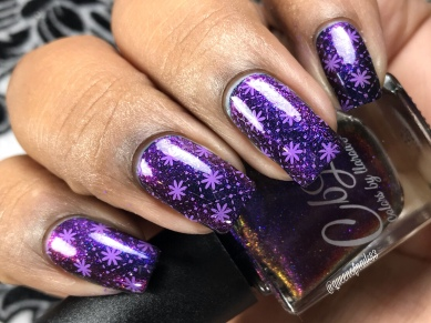 Dainty - w/ nail art