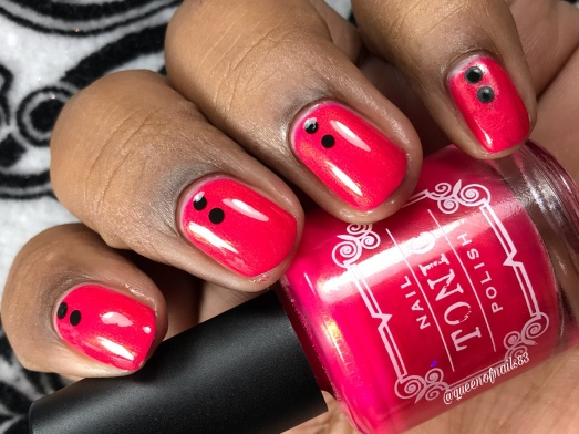Marilyn - w/ nail art