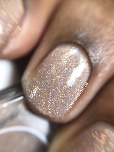 Tickled Taupe - macro