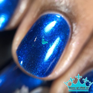 """Geekish Glitter Lacquer - """"Don't Be Bitter, Help The Critters"""" - macro"""