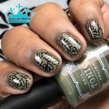 Edna - w/ nail art