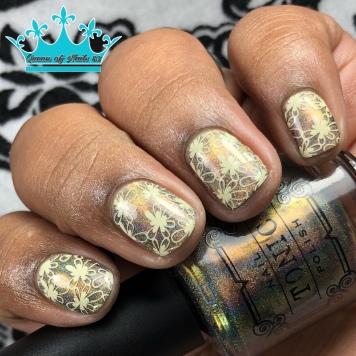 Caliente - w/ nail art