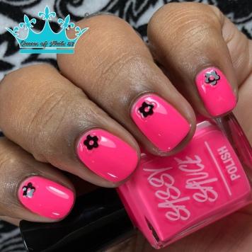 Pinki's Out - w/ nail art