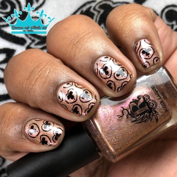 Grins My Gears - w/ nail art