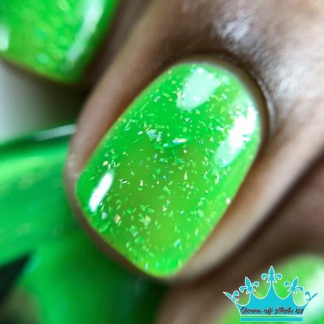 Green Fanny Pack - macro