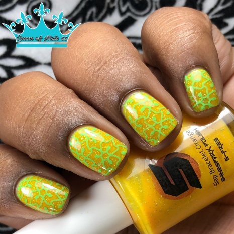 Slap Bracelet Orange - w/ nail art