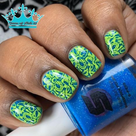 Koosh Ball Blue - w/ nail art