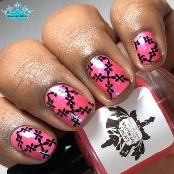 Don't Go Bear - w/ nail art