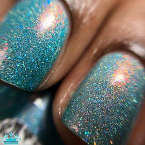 Glisten & Glow – Fairy In Love - macro