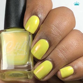 Banana Smoothie - w/ glossy tc