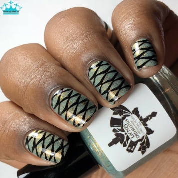 Riddikulus - w/ nail art
