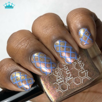 Sparkle On Her Face - w/ nail art
