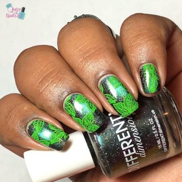 Alakazam (M) - w/ nail art