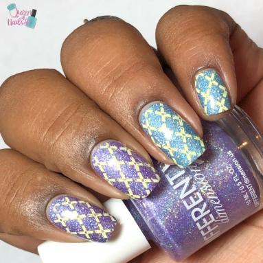 Presto Chango (T) - w/ nail art