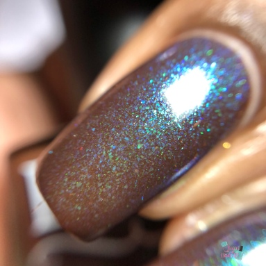 Blush Lacquers - Life Finds A Way - macro