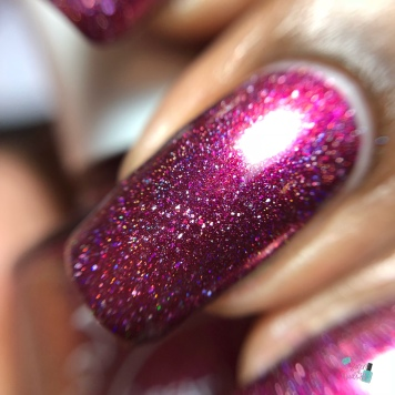 Great Lakes Lacquer - Redrum - macro