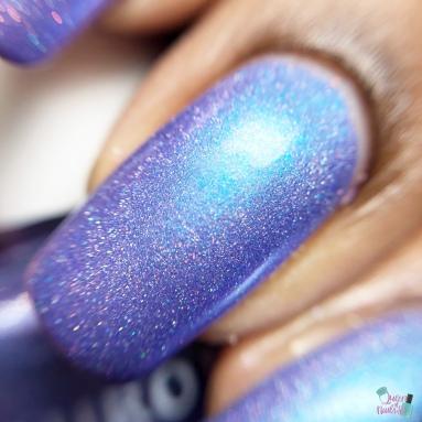 Aurora - MANI-APOLIS (VIP) - macro