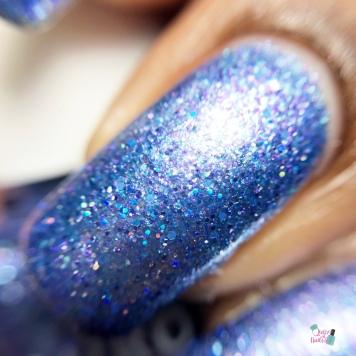 Aurora - MANI-SOTA (Exclusive) - macro