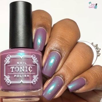 Tonic Polish - First Kiss (VIP)- w/ glossy tc