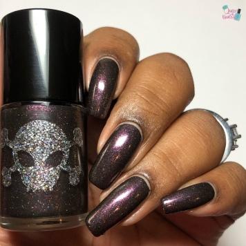 Gothic Christmas - w/ glossy tc