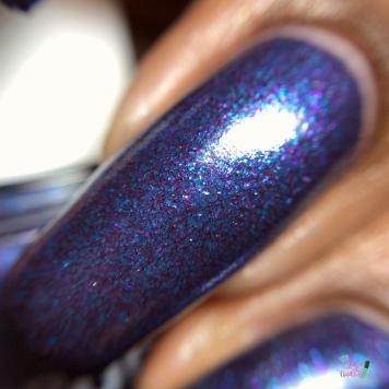 Aurora Nail Lacquer - Nymphony No. 9 - macro