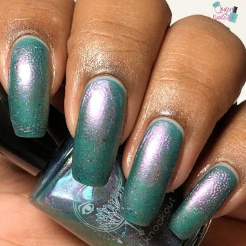 Crystal Knockout - Fifolets of the Bayou - w/ matte tc