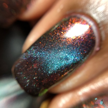 Bee's Knees Lacquer- Losing My Mind - macro