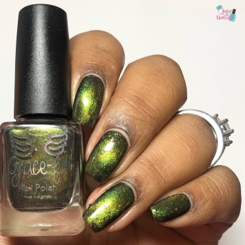 Gryffindor's First Lady (M) - w/ glossy tc