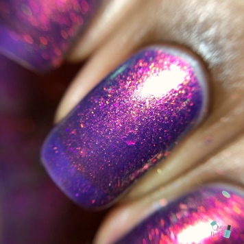 Bee's Knees Lacquer - Play Something Axeman - macro