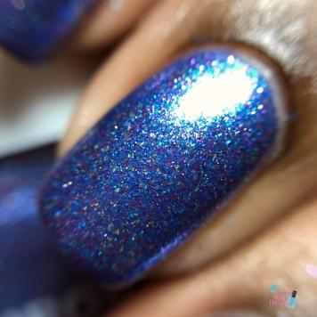 Aurora Nail Lacquer - Are You Peacocking - macro